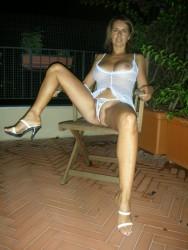 Señora d 40 años con Hermosas y Perfectas Tetas x39 Fotos