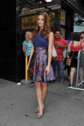 Ashley Greene - Imagenes/Videos de Paparazzi / Estudio/ Eventos etc. - Página 24 Ac2c21207670256